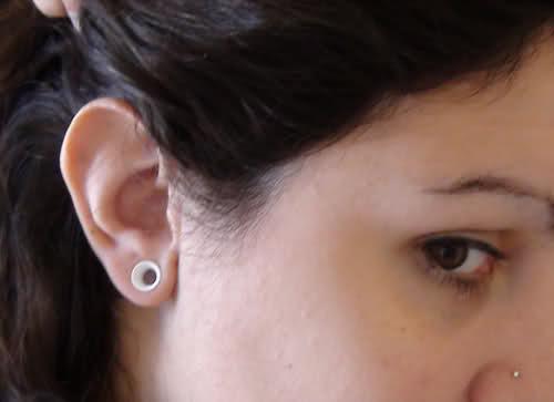 ear stretching 3